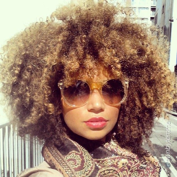 Naturally-curly-black-hairstyles-10